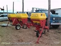 Cultivador/Adubador plantio direto 6 linhas Fankhauser 7030 semi novo