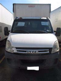 Caminhão Iveco Daily Furgão ano 08