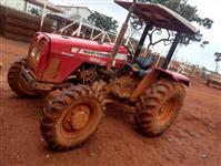 Trator Massey Ferguson 250 X 4x4 ano 12