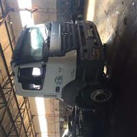 Caminhão Mercedes Benz (MB) 3340 Cavalo