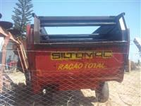 Vagão forrageiro misturador marca Siltomac modelo 206