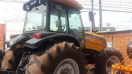 Trator Valtra/Valmet VALTRA BM 125 4x4 ano 12