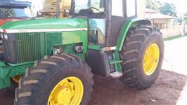 Trator John Deere 7505 4x4 ano 03