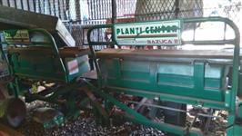 Plantadeira de mandioca hidráulica 4 linhas