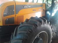 Trator Valtra/Valmet 180 4x4 ano 15