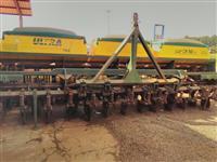 2- Plantadeiras TATU MODELO ULTRA 13x45Cm