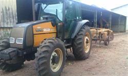 Trator Valtra/Valmet BM 100 e grade 16X28X300 4x4 ano 05
