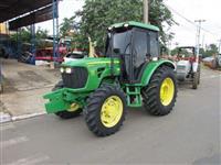 Trator John Deere 5078E 4x4 ano 12