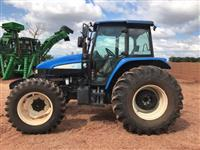 Trator New Holland TS 6020 4x4 ano 11