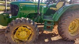 Trator John Deere 5055 4x4 ano 14