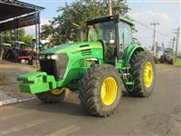Trator John Deere 7715 4x4 ano 09