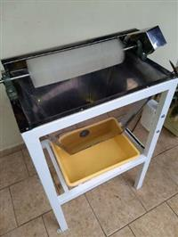 Desoperculadora de favos de mel, equipamento para apicultura