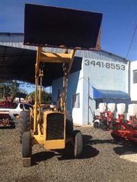 Trator Massey Ferguson MASSEY FERGUSON 65R 4x2 ano 78