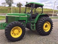 Trator John Deere 7500 4x4 ano 00