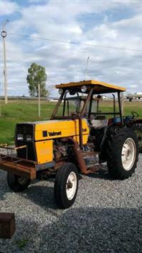 Trator Valtra/Valmet 685 Comp. 4x2 ano 93