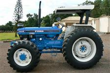 Trator Ford/New Holland 7610 4x4 ano 88
