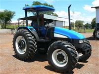 Trator Ford/New Holland tl85 4x4 ano 08