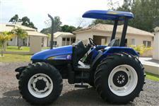 Trator New Holland TL 95 E 4x4 ano 03