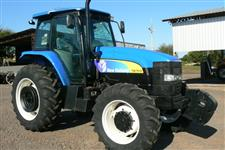 Trator New Holland TM 7010 4x4 ano 09