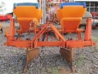 Sulcador de Cana m. DMB mod. São Francisco de 2 linhas acionado motor hidraulico