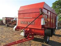 Vagão Misturador Forrageiro marca REALMAQ modelo REALMIX 8000
