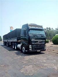 Caminhão Volvo FH 420 ano 05