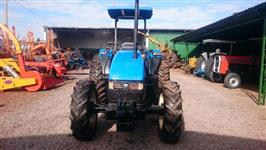 Trator Ford/New Holland TL 85 E 4x4 ano 06
