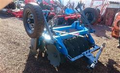 Grade Aradora 14 discos Baldan com pneus transporte