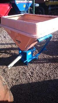 Distribuidor Adubo e sementes Jan