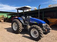 Trator New Holland TL 65 E 4x4 ano 03