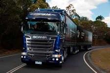 Caminh�o Scania Scania R440 trucada seminovas e toda a prova negocio ano 15