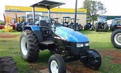 Trator Ford/New Holland TL 65 4x2 ano 04
