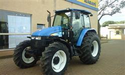 Trator Ford/New Holland TS 6020 CABINADO 4x4 ano 09