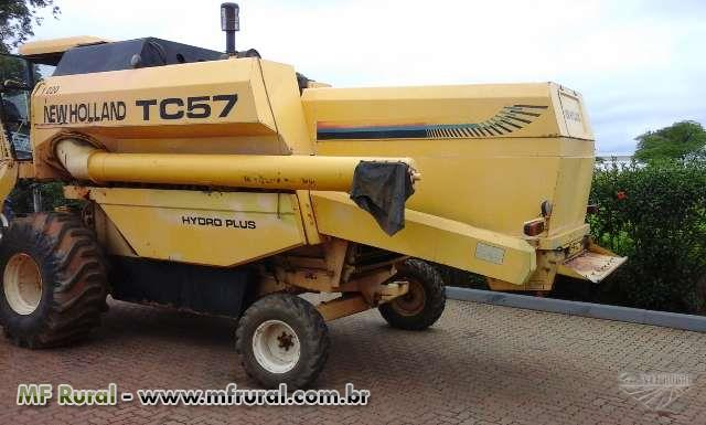 Colheitadeira TC 57 Hydro Ano 2002