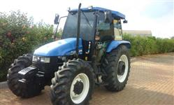 Trator Ford/New Holland TL85 Cabinado 4x4 ano 13