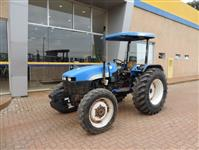 Trator New Holland TT 3840 4x4 ano 07