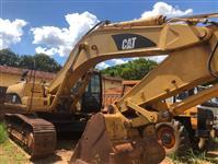 Escavadeira caterpillar 330 CL ME com concha, ANO 2005