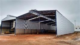 Barracão metálico de 600m²