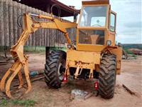 Trator Carregadeiras 885 4x2 ano 93