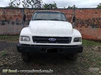 Caminhão  Ford 12000  ano 97