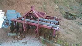 ROTATIVA, GRADE E DEBULHADEIRA PARA AGRALE 4200  1980