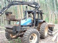Trator Carregadeiras Carregador florestal Masal com trator New Holand TS100 4x4 ano 05