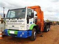 Caminhão Ford Cargo 2422E ano 08