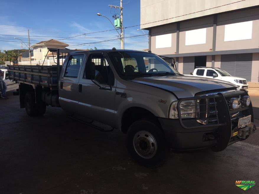 Caminhão Ford F 4000 4x4 ano 09