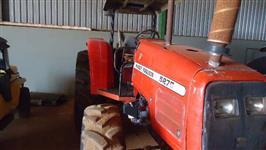 Trator Outros Massey Ferguson 4x4 ano 02