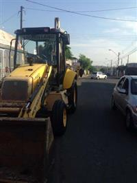 retroescavadeira 4 x 2 new holland 2010