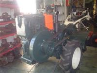 Mini/Micro Trator TOBATTA  DE 10CV  REVISADO C/GARANTIA 4x2 ano 78