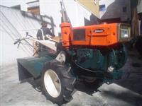 Mini/Micro Trator TOBATTA 10CV  CONSERVADO 4x2 ano 82