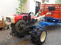 Mini/Micro Trator TC11  C/CARRETA TRACIONADA ZERO 4x4 ano 94