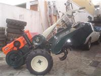 Mini/Micro Trator TOBATTA  10CV REVISADO  C/GARANTIA 4x2 ano 82